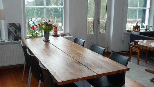 Iepenhouten tafel