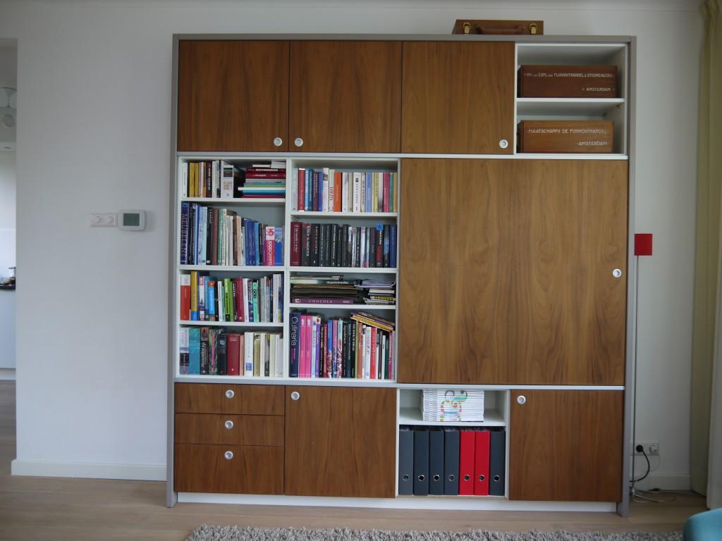 Boeken-/tv-kast